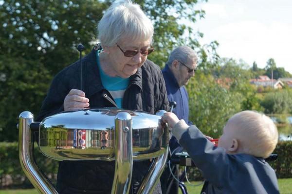 Aussenklangobjekt- Hapi, outdoor Babel Drum Small mit Bodenplatte zum Anschrauben